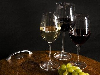 Yvonne Lorkin rounds up her favourite wines for the week.