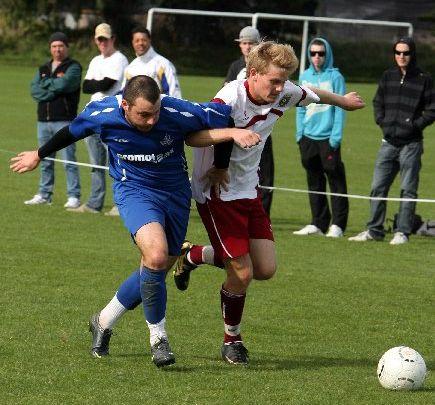 LOCK, STOCK AND BARRELL: Rovers player Reece Brew (left) and Taradale&#39;s Simon Stallard find themselves in a tangle at Park Island, Napier, on Saturday.