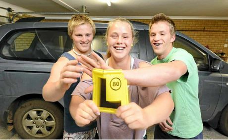 Triplets Sam, Rhiannon and Zach Searle, 16, are all learning to drive at the same time... with just one car between them.