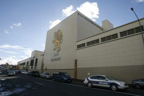 The University of Auckland has entered into a conditional agreement to buy the old Lion Breweries site in Newmarket.
