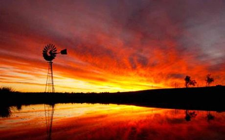 Phillip Rettkes photo of a Willowbank sunset has been chosen for the 2013 Weather Channel calendar. 