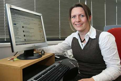 Claudia Nelson of The Right Staff looks at the LinkedIn profiles of candidates applying for jobs.