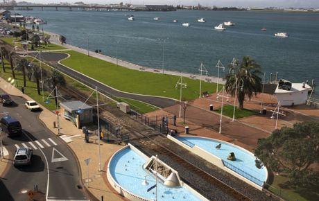 The first stage of work on the Tauranga waterfront on The Strand is finished.