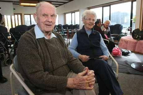 Bob and Betty Bissett celebrate their 60th wedding anniversary.