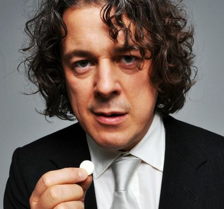 British comedian Alan Davies, known for Jonathan Creek, Bob & Rose and QI is bringing his dry wit to Hamilton in February.