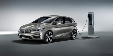 The Active Tourer has a rather un-BMW-like compact semi-MPV body style. 