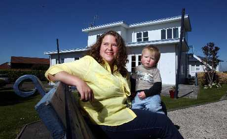 DAY OUT: Multiple sclerosis sufferer Rachael Murphy with 18-month-old son Blake, in the relaxing grounds of The Beacon. PHOTO/PAUL TAYLOR HBT123094-05