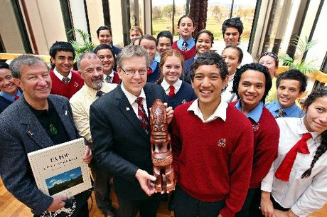 Year 10 and 11 students from Te Kura o Koutu gifted Mayor Kevin Winters with a tiki on behalf of a mayor from the Marquesas Islands in French Polynesia.