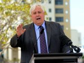 MINING magnate Clive Palmer wants LNP backbenchers to rally against their leaders as he declared new party policies were undermining the party.