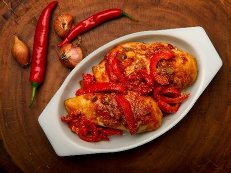 Picante chicken is quick and easy. 