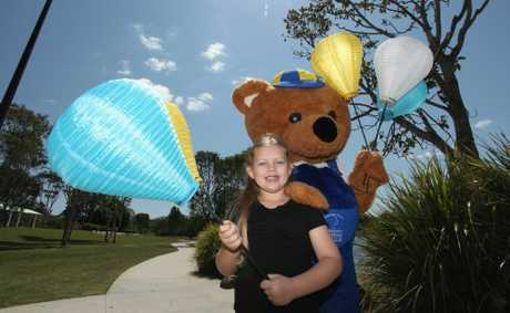 Danielle Kriesch and Leukey Bear get ready to Light The Night for the Leukaemia Foundation to be held at Centenary Lakes October 10. Photo Darryn Smith / Caboolture News