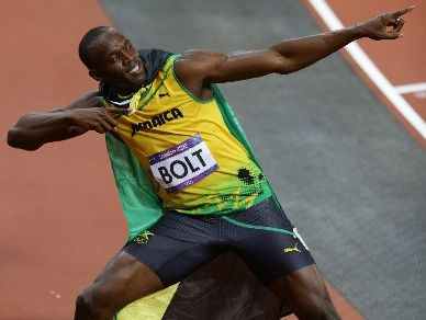 Several teenagers have been chosen to train with Usain Bolt when he comes to New Zealand.