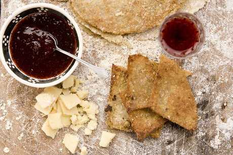 Scottish oatcakes can be made with rolled oats.
