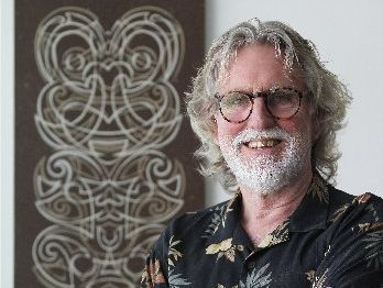 Haumoana artist Dick Frizzell has boosted the Hawke&#39;s Bay Museum Trust&#39;s repository with a collection of 92 screen prints.