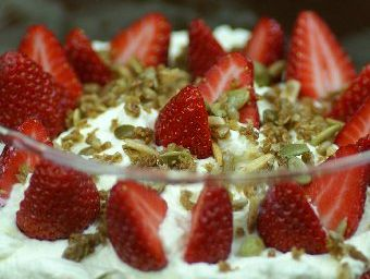 Granola Trifle with Strawberries