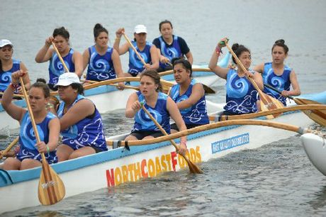 Rangaunu paddlers heading to the start line of the Gubbi Gubbi waka ama sprints in Mooloolaba. Photo / Supplied