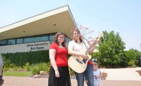 Sisters Robyn Dawes and Kerry Culverhause have started a new choir for young people, but fear numbers may be kept down by the 'Roma Coma'. Photo Ben Hagemann / Western Star