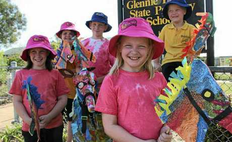 Glennie Heights students can not wait to show off their creations at today&#39;s street parade. (Front - from left) Tahleah Ford, Hannah Ford, (back) Kasey Grimshaw, Callum Ford and Rylee Hill.