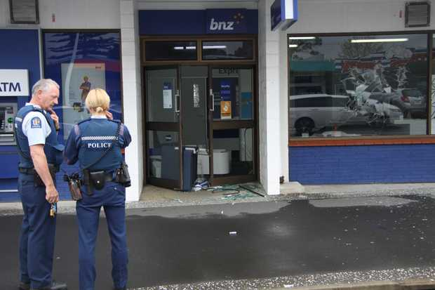 Police at the BNZ in Whangamata