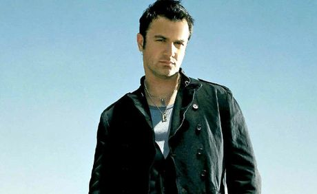 Shannon Noll worked with Grafton's Brooke McClymont on his latest album and will be playing a co-written track at Yamba tomorrow night.