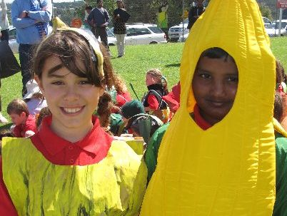 Skye Sigley and Meghshyam Prakash as a pair of bananas.