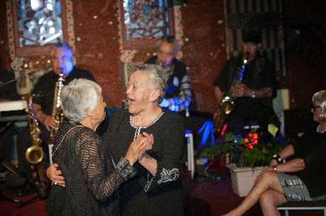 Almost 200 people came to Tamatekapua meeting house to relive the dance parties of the 60s in a night full of nostalgia and fun.