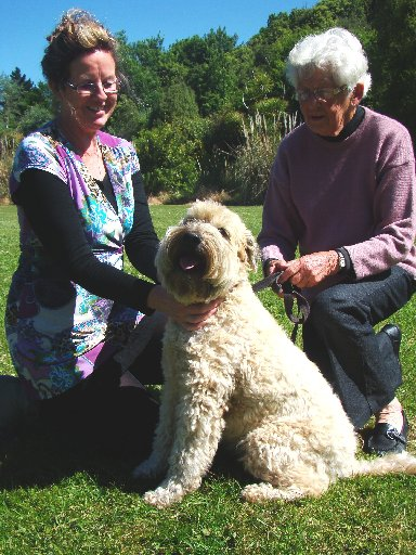 PET PROJECT: Oamaru's Carolyn van Zyl (left), Betty Peace and Bridie at Fenwick Park. PHOTO/JESSIE WAITE
