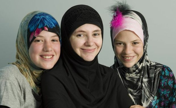 KJ Clifford Pugh with her daughters Jadzia (left) and Brittania talk about living in the Toowoomba community as Muslims.