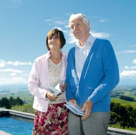 English visitors Terry and Judy Bonham view Garth O&#39;Briens home on Te Tahi Road.