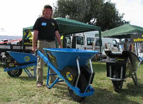 Northland inventor Steve Baldry shows off his motorised wheelbarrow at the recent Bay of Islands P&amp;I; Show at Waimate North. Photo / Peter de Graaf