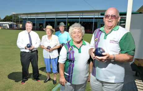 Goodna Bowls Club secretary and treasurer Cath Wilmington and chairman Mal Levarre - Waters with club members (at back) are helping the club get back on it&#39;s feet after the flood of 2011. 