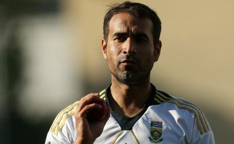 Imran Tahir looks on during a South African nets session at The Gabba.