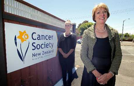 HERE TO HELP: Wanganui-Rangitikei-Waimarino Cancer Society's new manager, Linda Farley, front, and community health adviser, Jane Beamsley.PHOTO/STUART MUNRO