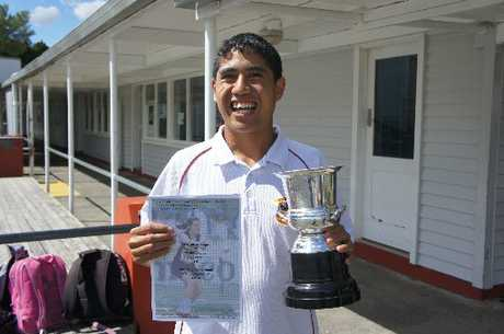 Te Huia Apaapa was delighted to receive the MG Hall Cup for Outstanding Achievement by an Athlete with a Disability.