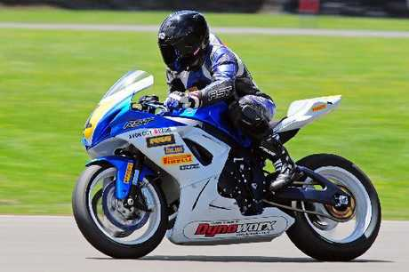 Christchurch's multi-time national champion Dennis Charlett (Suzuki), steps back up to the superbikes class this season. Photo / Bikesport.com