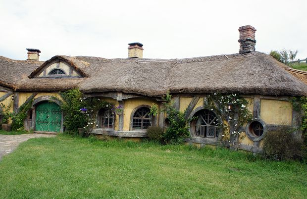 The Green Dragon pub at Hobbiton.