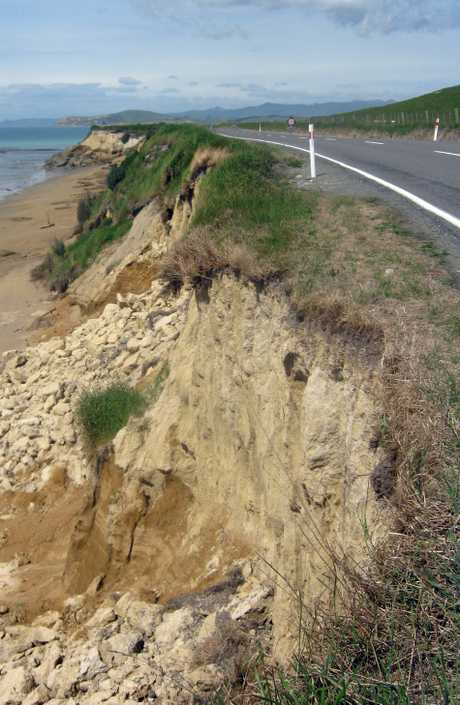 A 200-metre section of the road at Orere Point, south of Kakanui, has been reduced to one lane after parts of the shoulder broke away. PHOTO/SUPPLIED