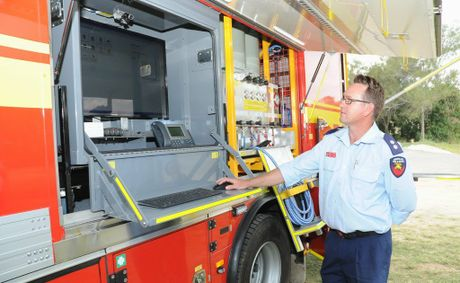 The truck is about the same size as a standard fire truck but features a top-notch computer and communications system, which can allow on-the-spot firefighters to liaise with other stations, offices and government departments from the field.