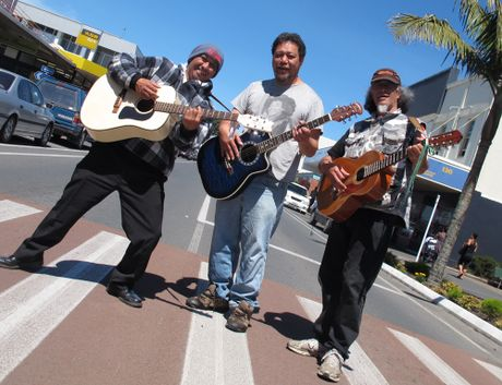 Tip Nikora, Joe Williams and Wayne ''Link'' Tahere get in a bit of practice ahead of Kaikohe's world record guitar playing bid.