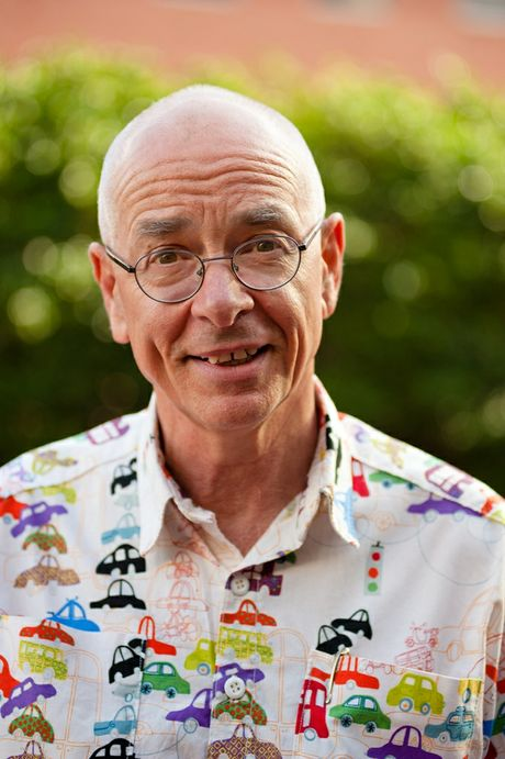 Dr Karl keeps up the attack on what passes for science in yet another perfect Christmas gift that arrives just before Christmas – that's applying science to publishing.