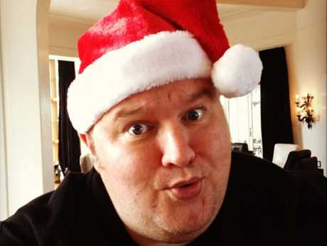 Kim Dotcom will be Santa in an irreverent Christmas play.