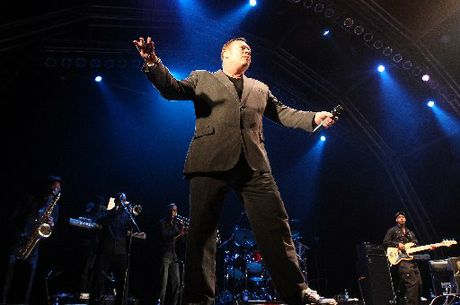Ali Campbell