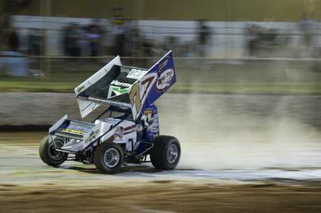 CHASING: Robbie Farr drives at Charlton Raceway on Saturday night.