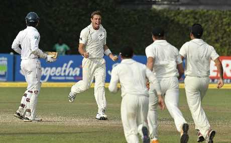 YOUNG GUN: Tim Southee celebrates the wicket of Sri Lanka's Tharanga Paranavitana during the second cricket test in Colombo.
