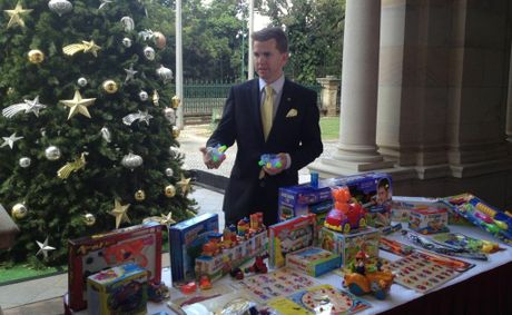 Qld Attorney-General Jarrod Bleijie warns parents about buying banned toys this Christmas.