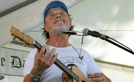 Bo Jenkins will play at the Pacific Hotel, Yamba, tonight.