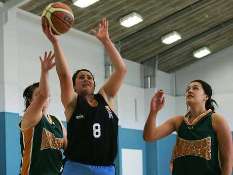 Muriwhenua's Marie Halkyard was busy under the basket in their match against the Bucks on Saturday.