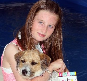 HAPPY BIRTHDAY: Olivia Thorburn, from Greenmeadows, Napier, will turn 12 years old today - on 12/12/ 12. She is pictured with her dog Jazz. PHOTO/PAUL TAYLOR HBT123319-03