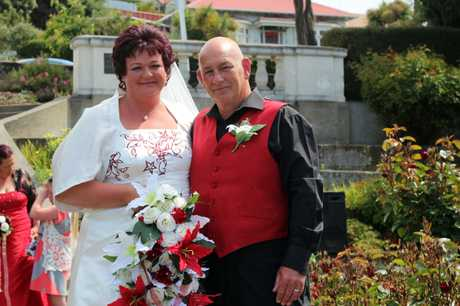 SPECIAL DAY: Nicola Wilde and Robin Cadogan were married yesterday on 12/12/12. PHOTO/REBECCA RYAN