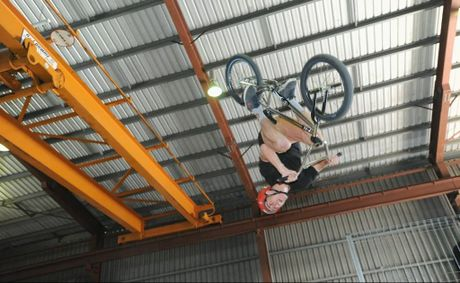 Rock Off Indoor Park opening - James Owen-Boundy pulls off a flair manoeuvre on his bike in the park. Photo: Alistair Brightman / Fraser Coast Chronicle